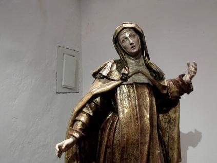 Santa Teresa creepy