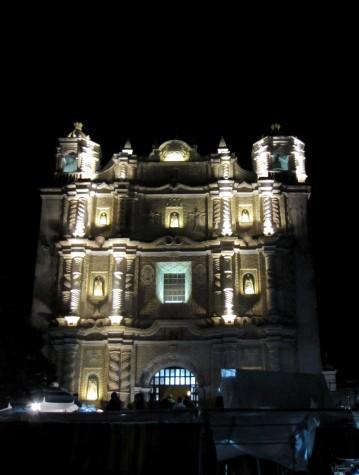 Iglesia noche sancris